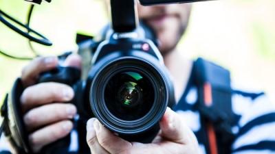 適切なチームと、映像企画・スケジュール・お見積もりを無料にてご提案。